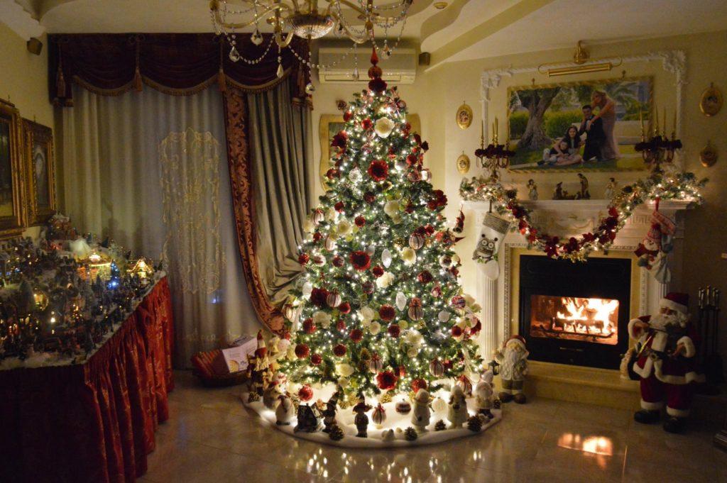 Come Nasce Lalbero Di Natale Storia Village Christmas Love